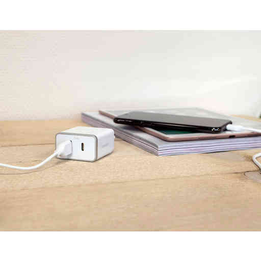 Mobiparts Wall Charger USB-A/USB-C 2.4A + Lightning to USB-C Cable White