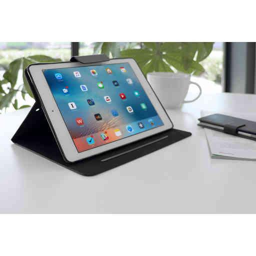 Mobiparts Classic Folio Case Apple iPad Air (2019) Black