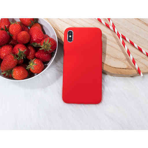 Mobiparts Silicone Cover Apple iPhone XR Scarlet Red